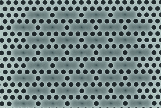 Non-destructive characterization of membrane photonic crystal devices